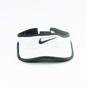 Nike featherlight dri-fit white visor